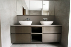 Made to measure vanity unit