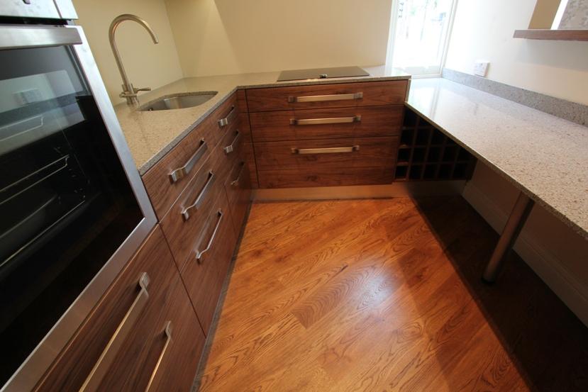 Fitted bathroom furniture in london bespoke bathroom for Bespoke kitchen cabinets